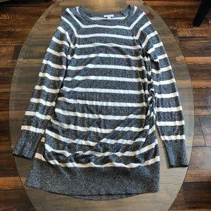 Liz Lange Gray & White Striped Sweater